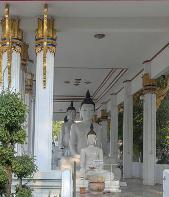 Photograph - Wat Nakon Sawan Phra Wihan Buddha Images Dthns0014 by Gerry Gantt