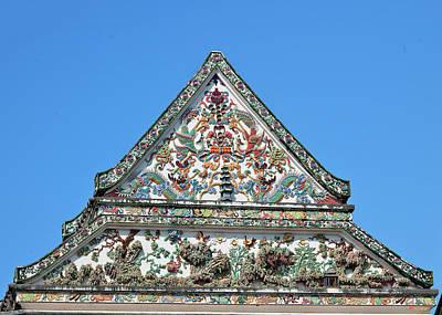 Photograph - Wat Nangnong Phra Wihan Gable Dthb0435 by Gerry Gantt