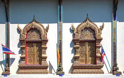 Photograph - Wat Nong Seng Phra Wihan Windows Dthlu0331 by Gerry Gantt