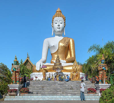 Photograph - Wat Phra That Doi Kham Phra Buddha Napeesipinkarat And Worshipers Dthcm2374 by Gerry Gantt