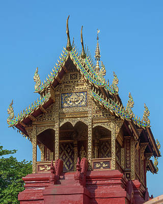Photograph - Wat Phra That Hariphunchai  Ho Tham Dthlu0041 by Gerry Gantt