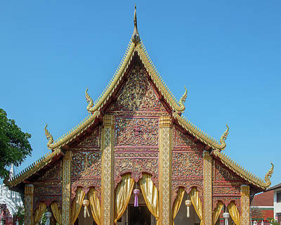 Photograph - Wat Phra That Hariphunchai Phra Ubosot Gable Dthlu0037 by Gerry Gantt