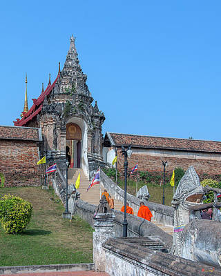 Photograph - Wat Phra That Lampang Luang Temple Stairway Dthla0033 by Gerry Gantt
