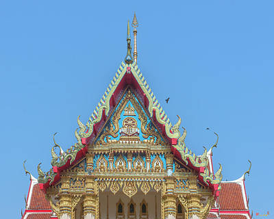 Photograph - Wat Phrom Chariyawat Phra Ubosot Gable Dthns0116 by Gerry Gantt