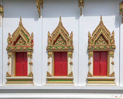 Photograph - Wat Pradoem Phra Ubosot Windows Dthcp0086 by Gerry Gantt