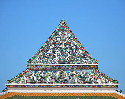 Photograph - Wat Ratcha Orasaram Phra Ubosot Gable Dthb0427 by Gerry Gantt