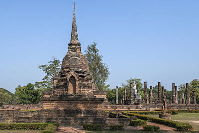 Photograph - Wat Sa Si Wihan And Chedi Dthst0082 by Gerry Gantt