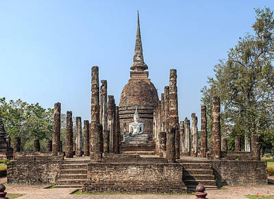 Photograph - Wat Sa Si Wihan And Chedi Dthst0087 by Gerry Gantt