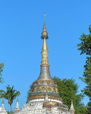 Photograph - Wat Saen Fang Phra Chedi Pinnacle Dthcm1126 by Gerry Gantt