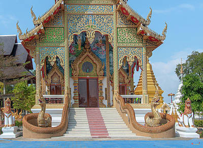 Photograph - Wat San Pu Loei Phra Wihan Entrance Dthcm2261 by Gerry Gantt