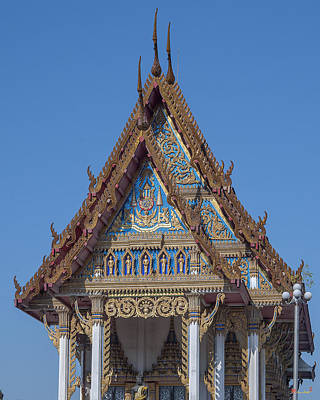 Photograph - Wat Sawangfa Pruetaram Phra Ubosot Gable Dthcb0107 by Gerry Gantt