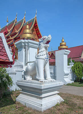 Photograph - Wat Si Chum Tha Singha Or Lion Entrance Gate Dthlu0131 by Gerry Gantt