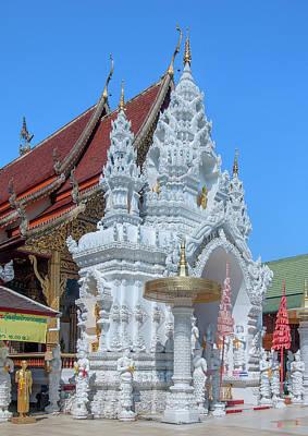 Photograph - Wat Sun Pa Yang Luang Wihan Luang Dthlu0317 by Gerry Gantt