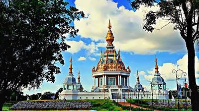 Photograph - Wat Toong Setthi by Ian Gledhill