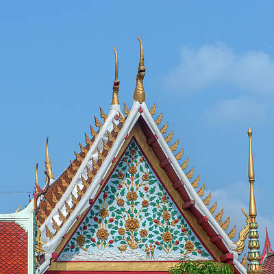Photograph - Wat Tsai Gable Dthb1666 by Gerry Gantt