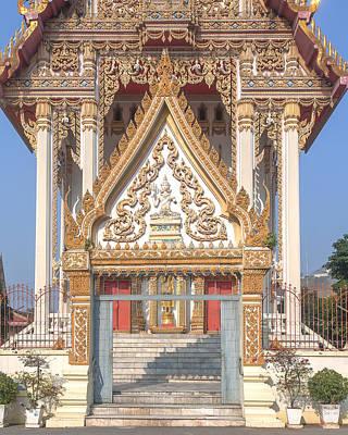 Photograph - Wat Woranat Bonphot Phra Ubosot Gate Dthns0018 by Gerry Gantt