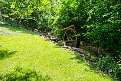 Photograph - Water Wheel At Enchanted Hills by Jennifer White