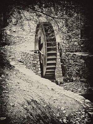 Old Mills Photograph - Water Wheel by Bill Cannon
