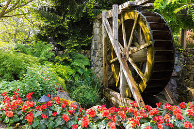 Photograph - Water Wheel by John Johnson