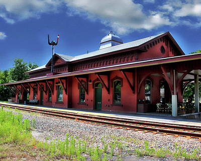 Photograph - Waterbury Amtrak Station by Anthony Dezenzio