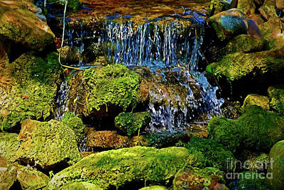 Photograph - Waterfall 104 by Ray Shrewsberry