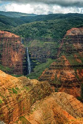 Photograph - Waterfall Waimea Canyon Kauai Hawaii 7r2_dsc4591_01112018 by Greg Kluempers