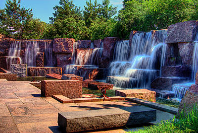Waterfalls Fdr Memorial Art Print