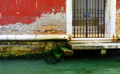 Water's Edge In Venice Art Print