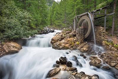 Photograph - Waterwheel by James Billings