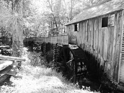Photograph - Waterwheel by Jo Jurkiewicz