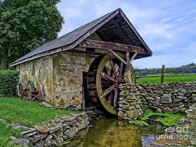 Photograph - Waterwheel by Mark Miller