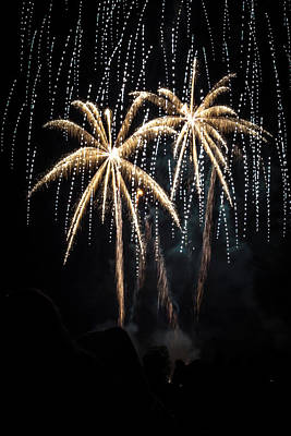 Photograph - Waukesha Fireworks 05 by Jeanette Fellows