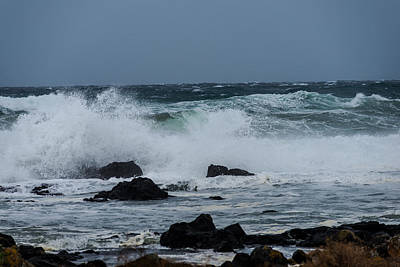Photograph - Waves-106 by Joseph Amaral