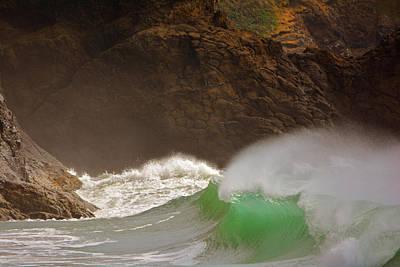 Waves At Waikiki Art Print