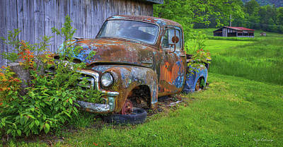 Photograph - Wears Valley 1954 Gmc Wears Valley Tennessee Art by Reid Callaway