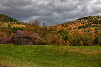Photograph - Weathered Barn by Jeff Folger