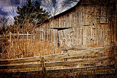 Photograph - Weathered Barn by Marty Koch