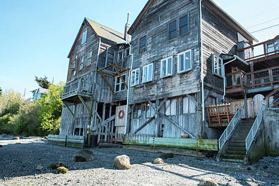 Photograph - Weathered Building In Coupeville by Tom Cochran