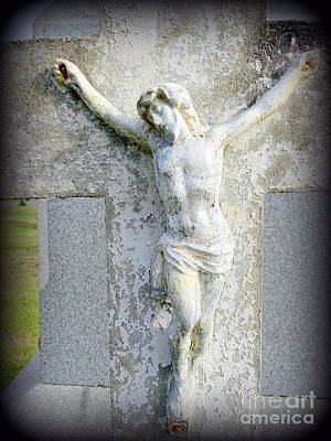 Photograph - Weathered Tombstone by Ed Weidman