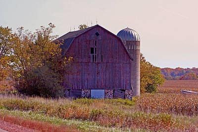 Photograph - Weathered Wisconsin Barn by Kay Novy