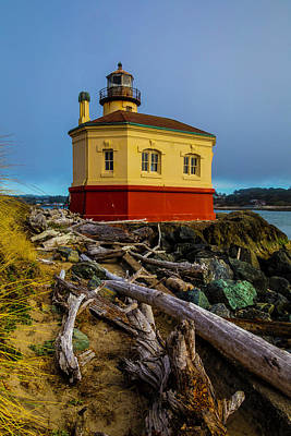 Coquille River Lighthouse Photograph - Weatherworn Coquille River Lighthouse by Garry Gay