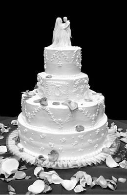Photograph - Wedding Cake by Marilyn Hunt