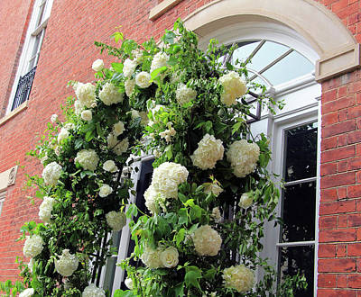 Stephen Barry Photograph - Wedding Flowers On Decatur House by Cora Wandel