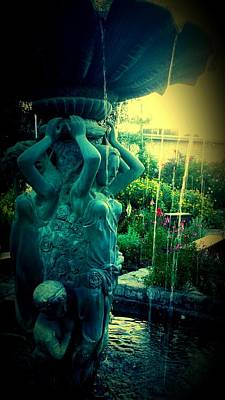 Photograph - Weeping Fountain by Marisela Mungia
