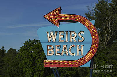 Weirs Beach Nh Sign - Color Art Print