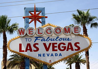 Photograph - Welcome To Las Vegas by David Nicholls