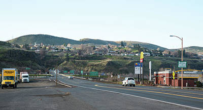 Photograph - Welcome To The Dalles by Tom Cochran