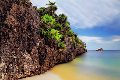 Photograph - West Bay Beach At Isla Roatan - Caribbean - Honduras - Seascape by Jason Politte