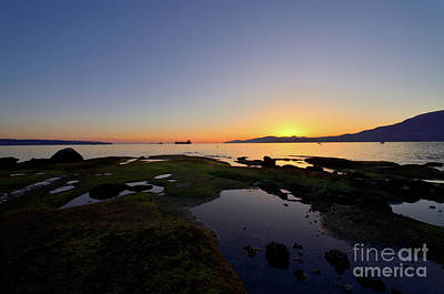 Photograph - West Coast Sunset 2 by Terry Elniski