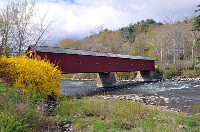 West Cornwall Ct Covered Bridge Art Print by Glenn Gordon